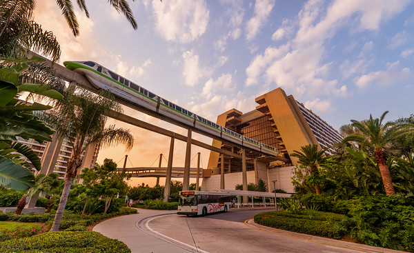 monorail-contemporary-resort-disney-world-sunrise-m